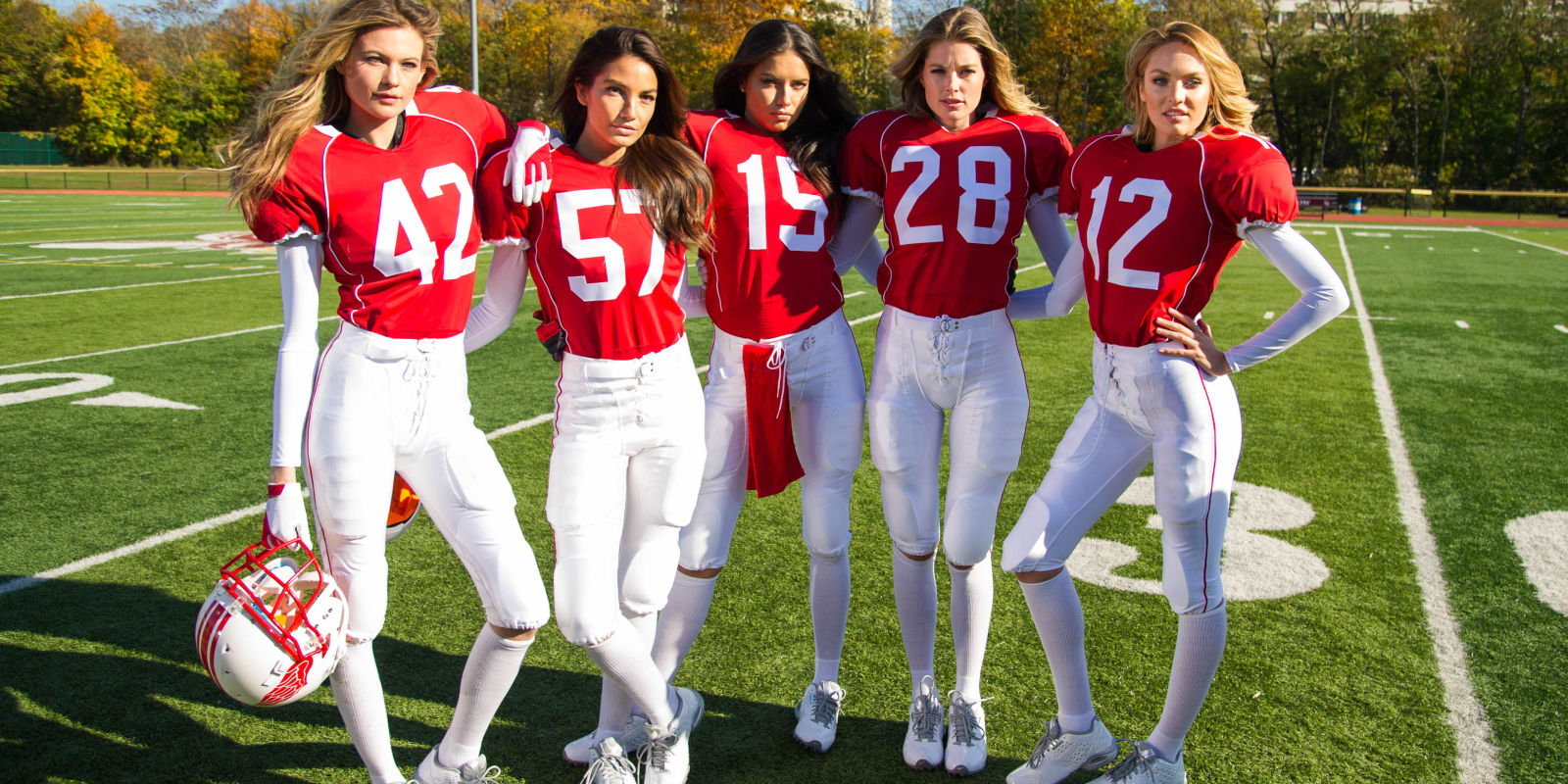 Watch the Victoria's Secret Angels Play Football forecast