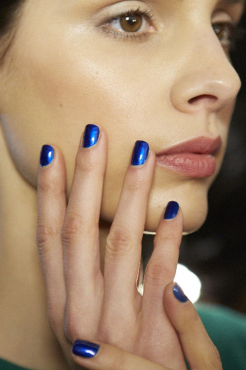 Metallic blue nails (Essie in Aruba Blue) looked especially striking against an otherwise minimal beauty look.