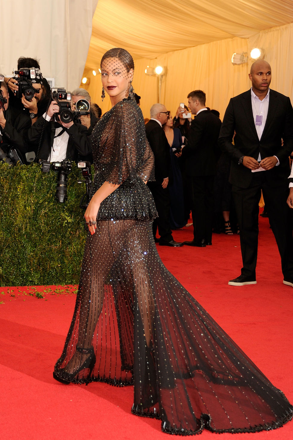 Trains at The Met Gala Red