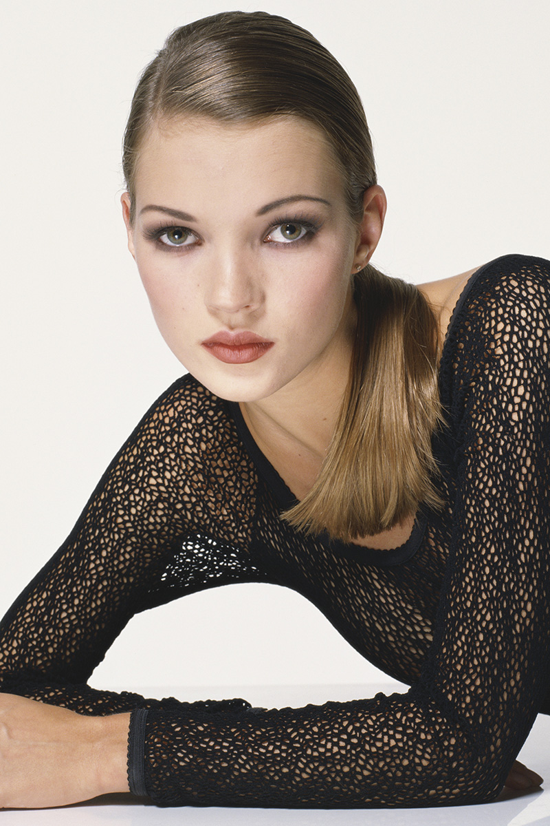Kate Moss Is The Queen Of Cool On 37th Vogue Uk Cover: Kate Moss' Evolution Through The Years-Kate Moss' Best Looks