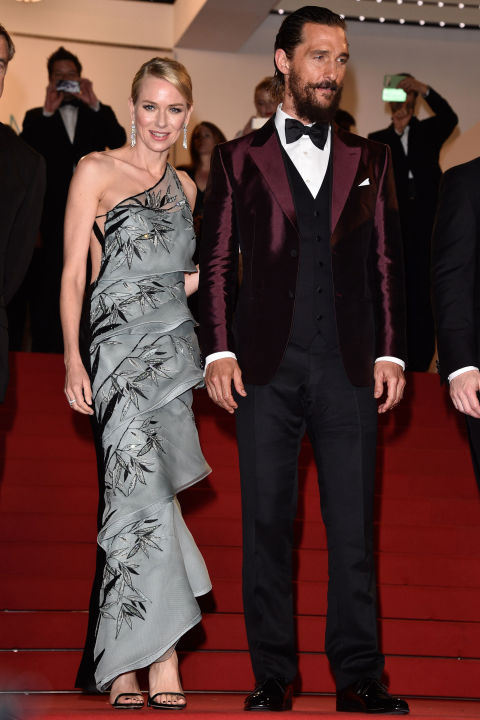 Naomi Watts in Armani Prive and Matthew McConaughey