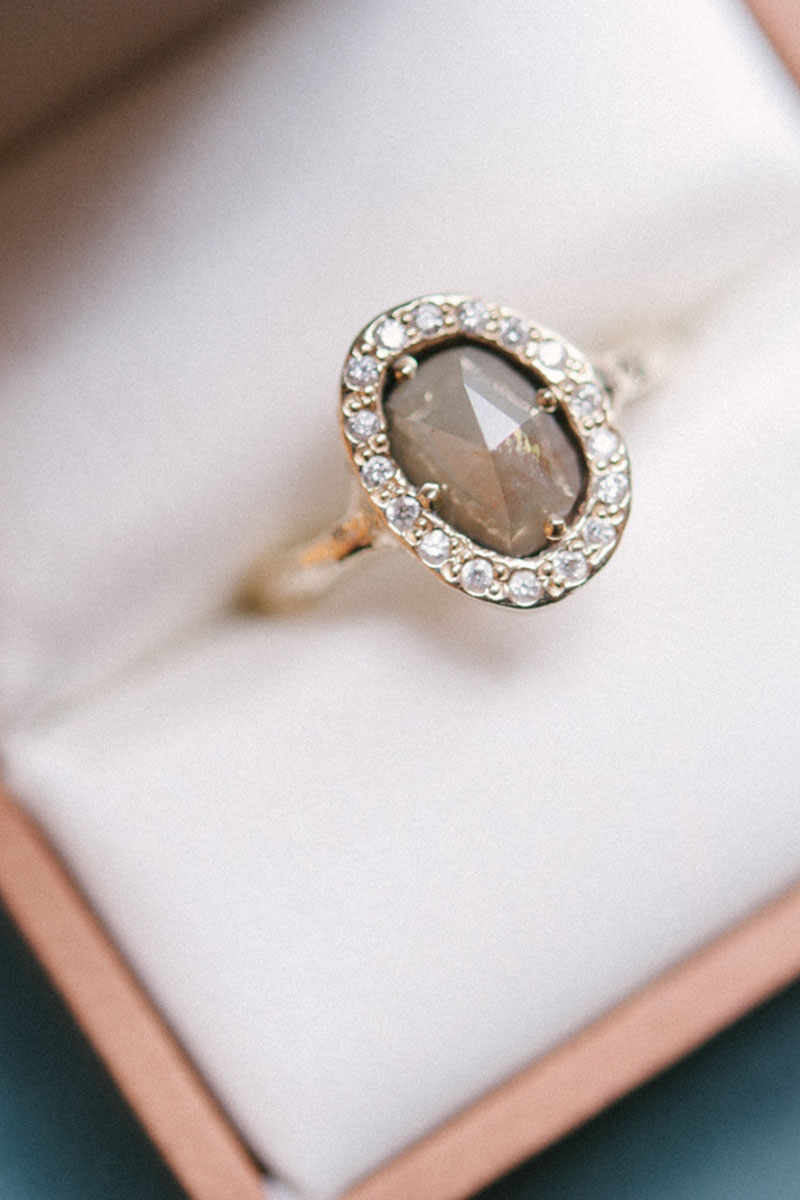 23 Vintage-Inspired Engagement Rings - Engagement Ring ...