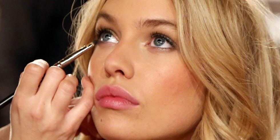 Maquillaje - Magazine cover
