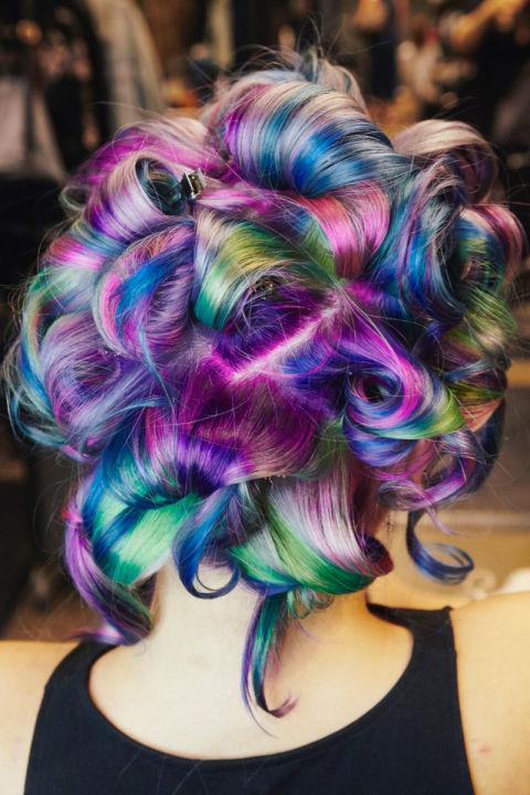 dalgalı boyalı saç