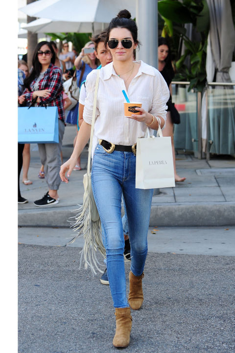In Beverly Hills wearing a white button-down and high-waisted 7 For All Mankind skinnies with a Bri Bri B-Low The Belt (again), a fringe bag and suede booties