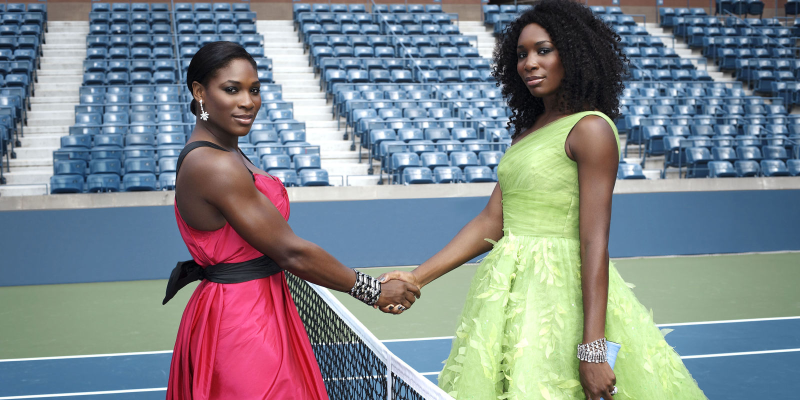 serena williams and sister venuss fashion on the tennis court