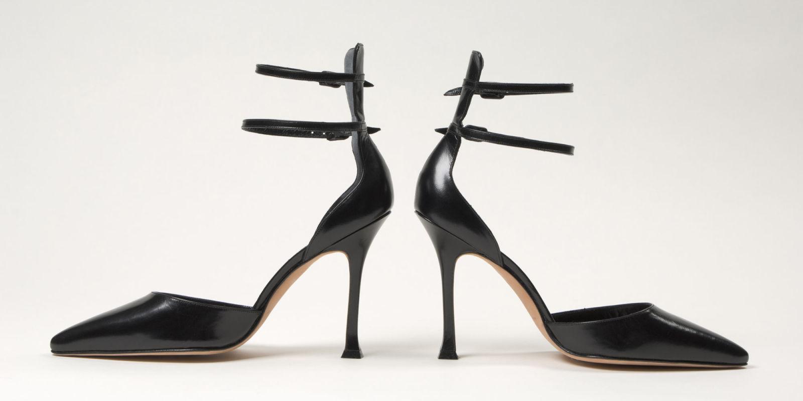 Manolo blahnik talks fashion life and walking in heels for Shoe designer manolo blahnik