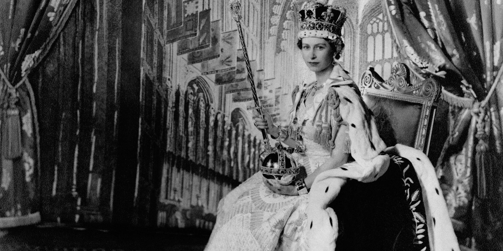Queen Elizabeth Ii Through The Years Photos Of Queen