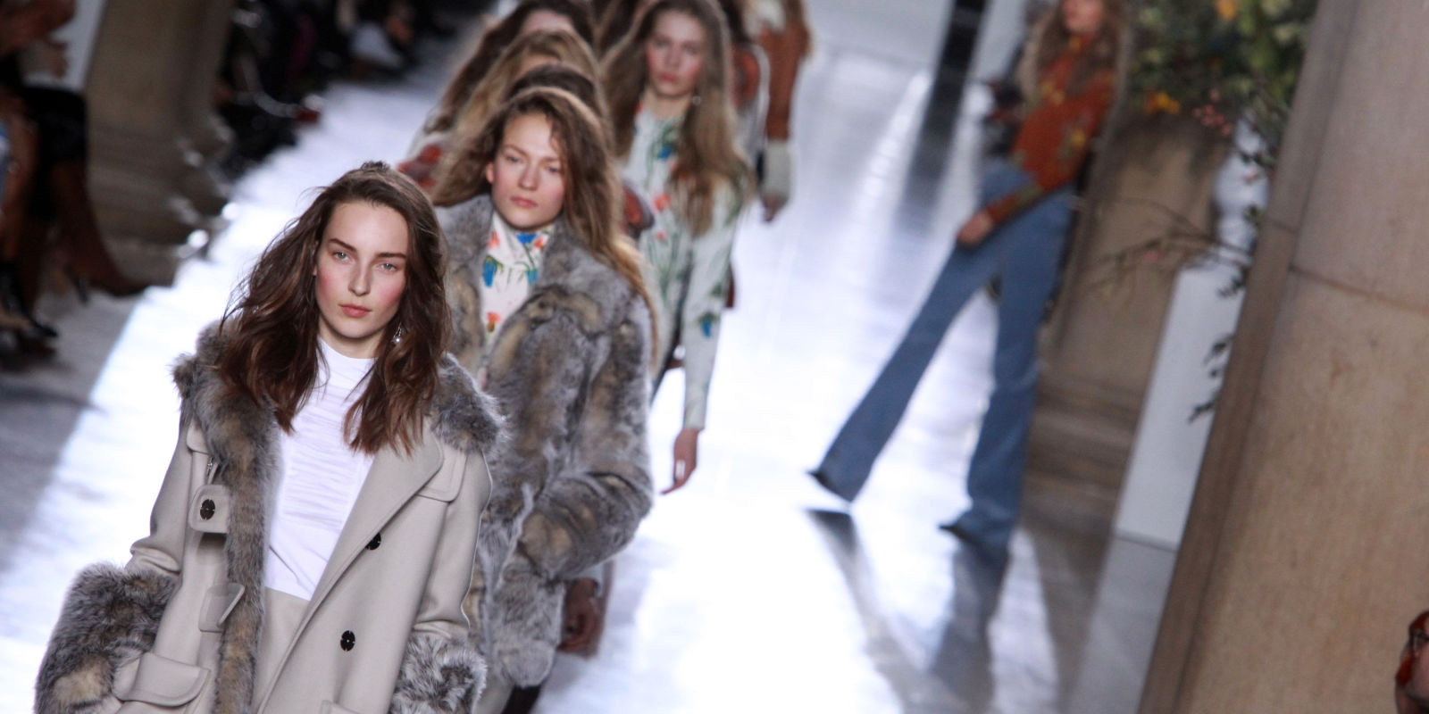 Watch Topshop Unique's Spring 2016 #LFW Show Live