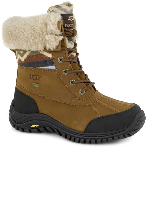 are uggs good snow boots black classic short boots sale | UGG