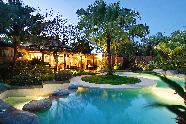 The best rentals on airbnb spring break rental ideas for Luxury villa costa rica