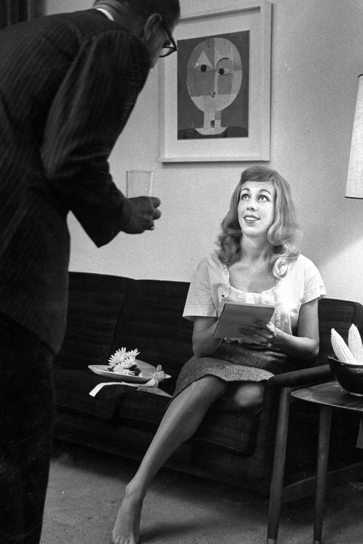 Carol Burnett S Most Iconic Moments Carol Burnett Sag Awards