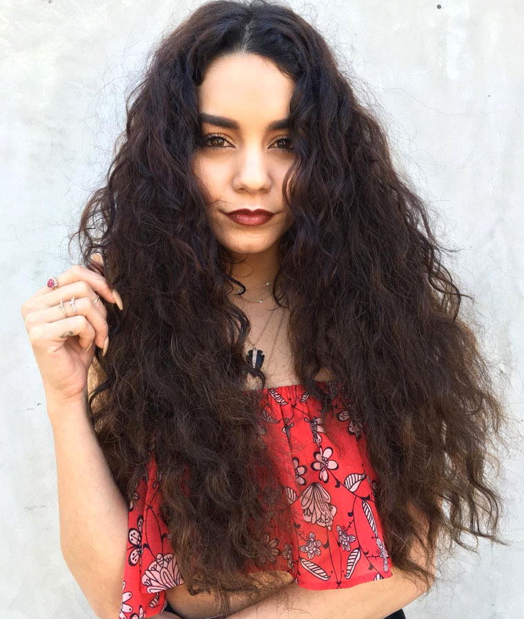 Astounding 20 Curly Hairstyles And Haircuts We Love Best Hairstyle Ideas Short Hairstyles For Black Women Fulllsitofus