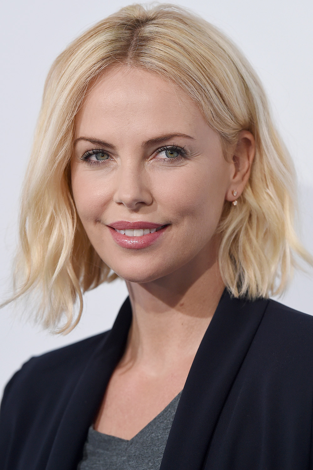 Strange 37 Cute Bob And Lob Haircuts 2017 Best Celebrity Long Bob Hairstyles Hairstyle Inspiration Daily Dogsangcom