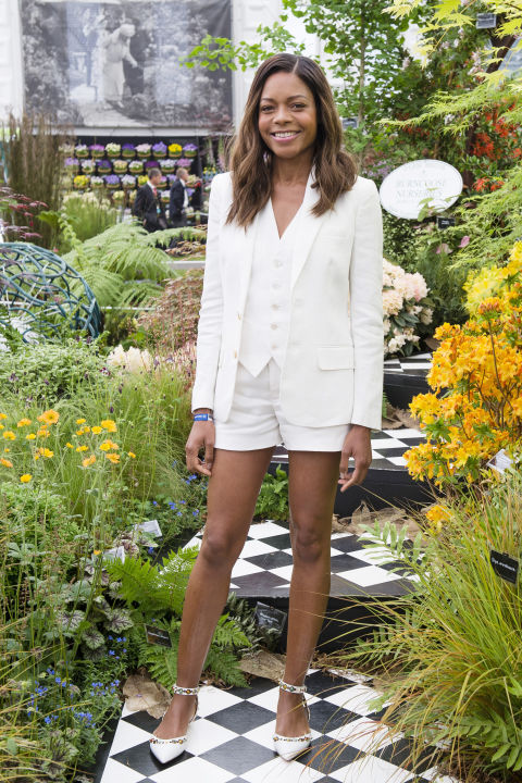 Naomie Harris takes her three-piece suit with shorts.