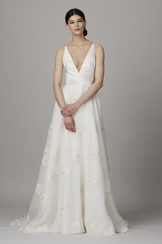 50 Beautiful Beach Wedding Dresses - Bridal Gowns for a Beach ...
