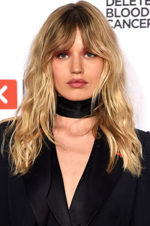 Terrific 33 Best Medium Hairstyles Celebrities With Shoulder Length Haircuts Short Hairstyles Gunalazisus