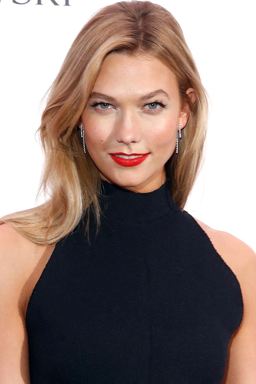Awe Inspiring 33 Best Medium Hairstyles Celebrities With Shoulder Length Haircuts Short Hairstyles Gunalazisus