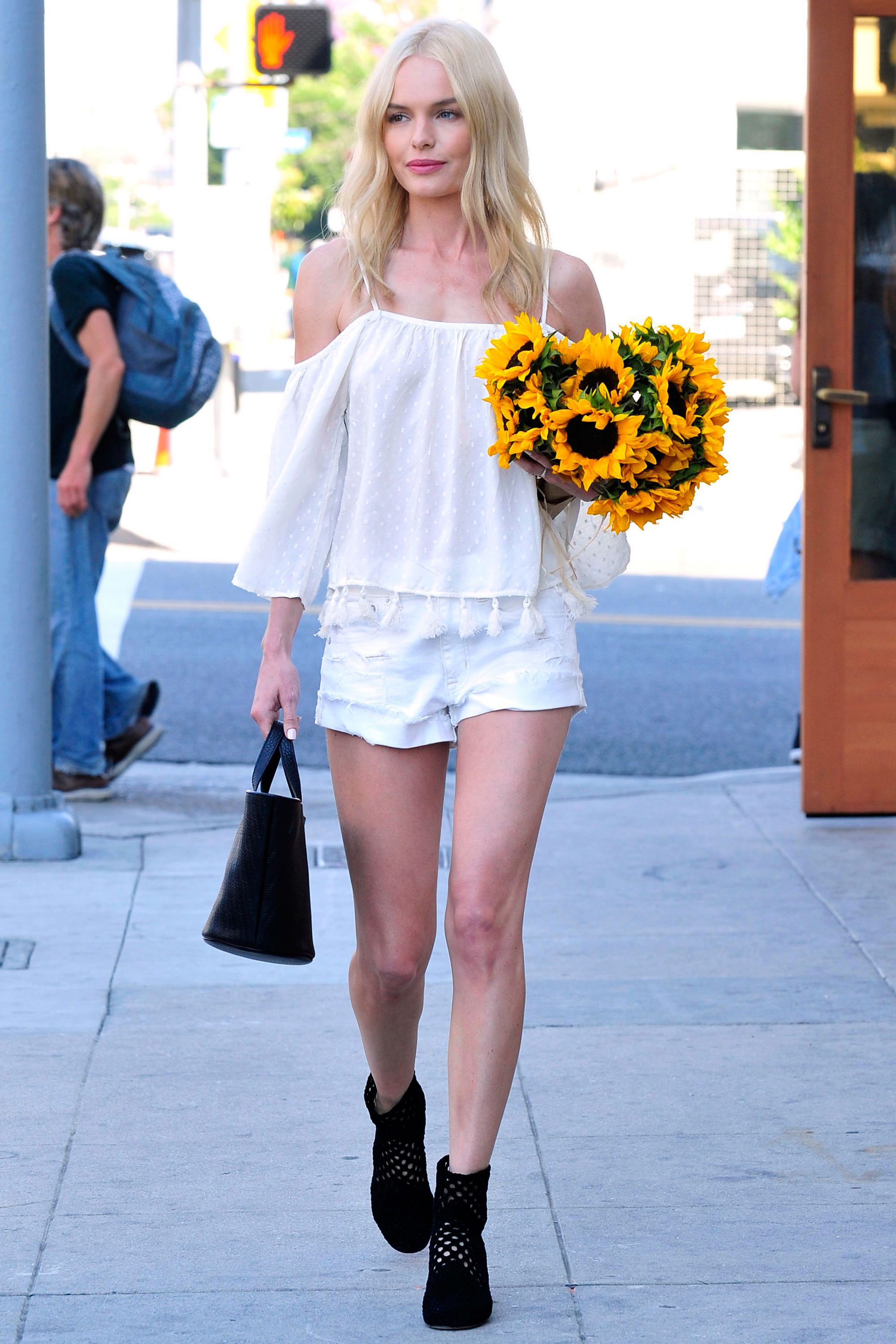 Celebrity White Outfit Ideas