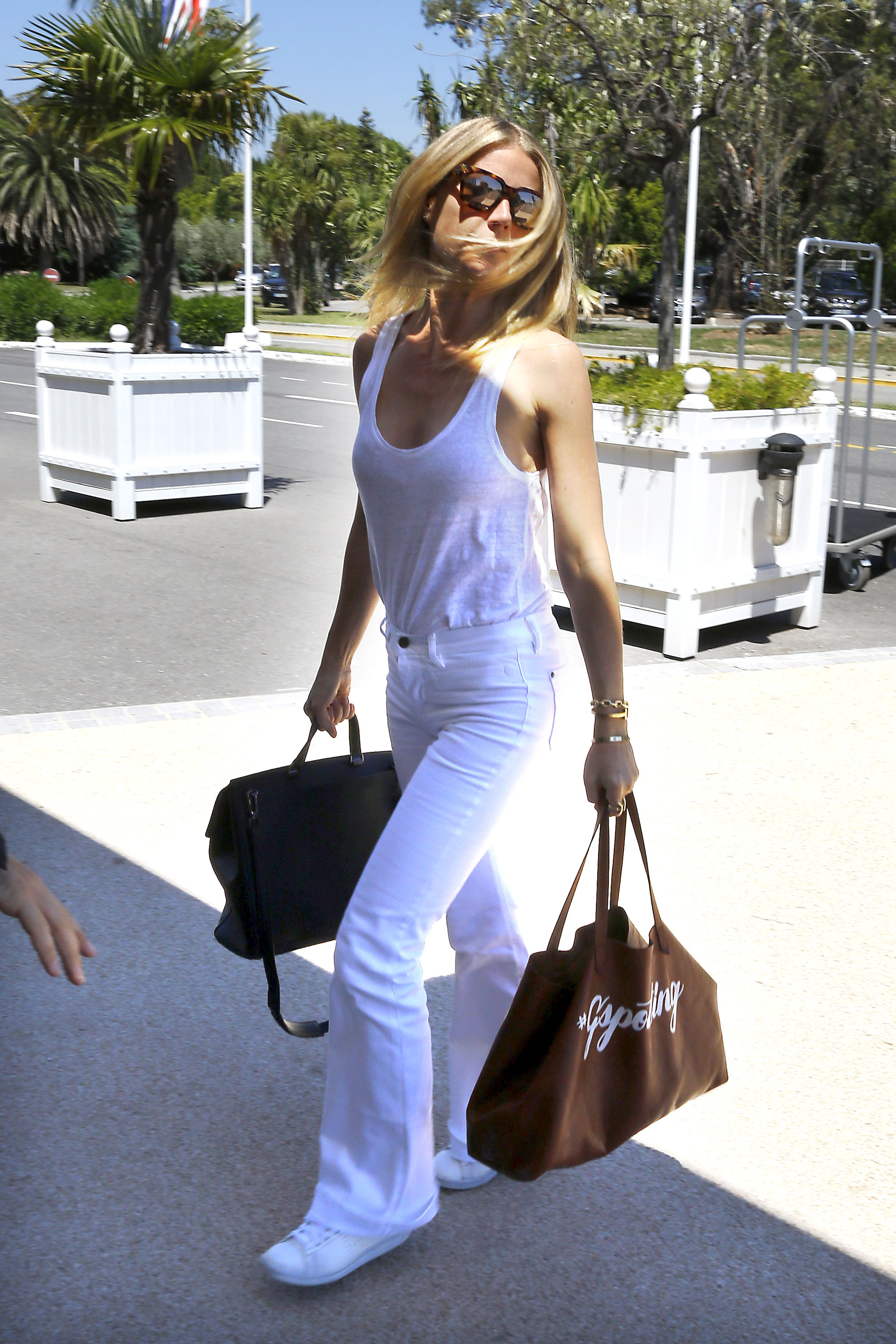 White jeans celebrity style wigs