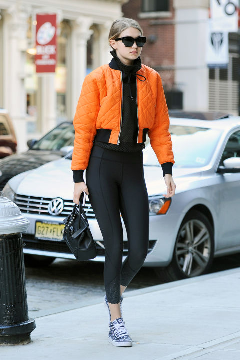 hbz-leggings-gigi-splash 2018 Spring Outfits-20 Classy Spring Trends to try this year