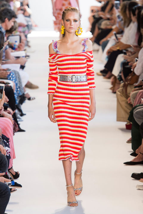 hbz-ss2017-trends-bold-bright-stripes-03-altuzarra-rs17-1385 2018 Spring Outfits-20 Classy Spring Trends to try this year