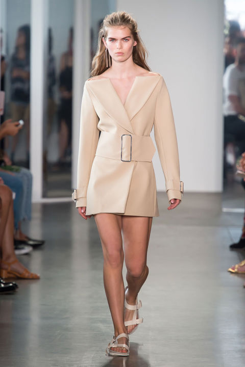 http://hbz.h-cdn.co/assets/16/38/480x720/hbz-ss2017-trends-nude-and-naked-09-dion-lee-rs17-0656.jpg