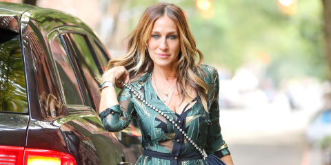 Sarah Jessica Parker Stops to Instagram Her Shoes, Just ...