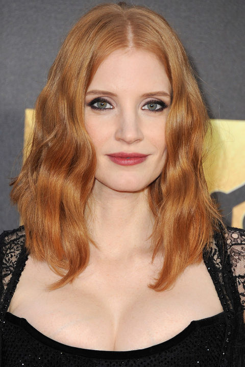 27 Most Beautiful Medium Length Haircuts for Thick Hair ...