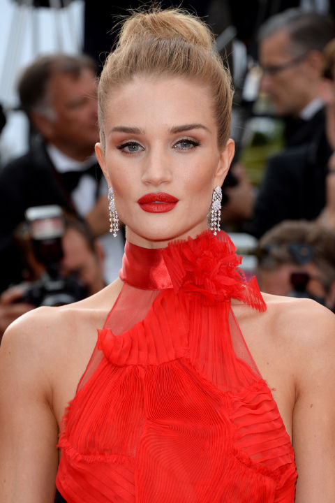 Celebrity Beauty Trend: Pink Lipstick | Look