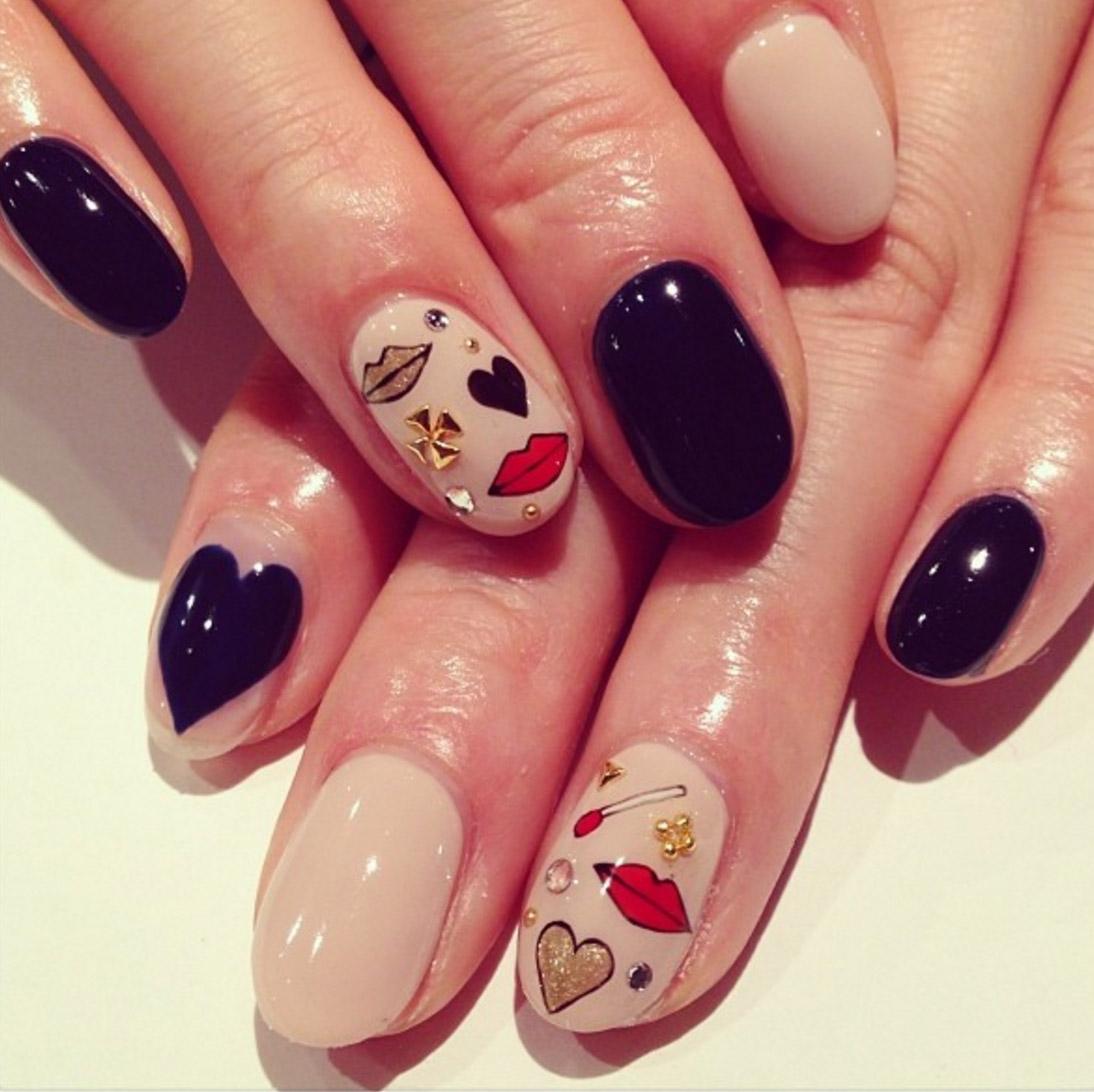 hbz-vday-nail-art-xoxo_1