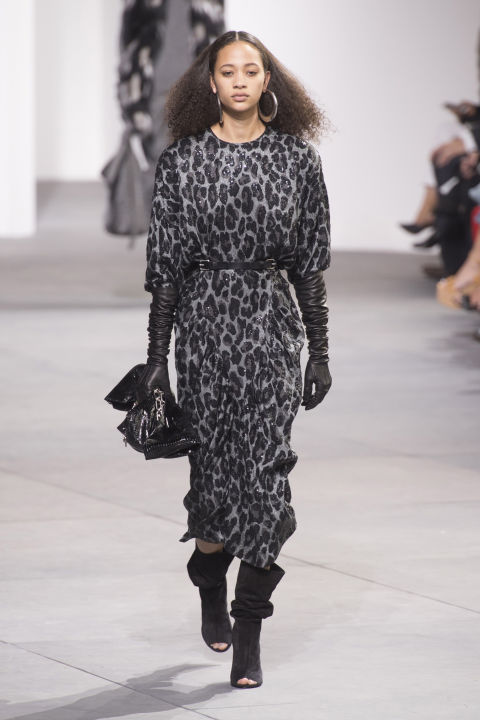 Kors' runway also promoted diversity. Diversity of texture (fur, sequins, cashmere, leather, fringe!) and silhouette (slinky, cocoon, fitted, tailored, high-waisted), but also models. There were girls of every color and creed, size and age. Well, relatively on the age.