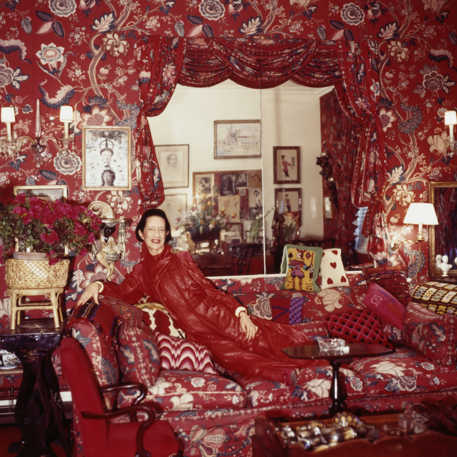 Best Quotes For Living Room: Diana Vreeland's Best Quotes
