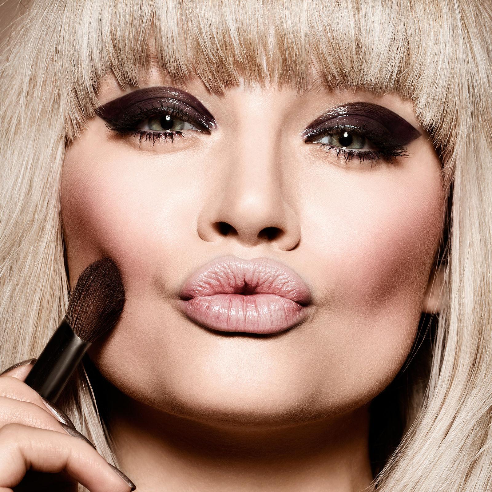 Beauty Hack Makeup: Surprising Beauty Tricks And Hacks