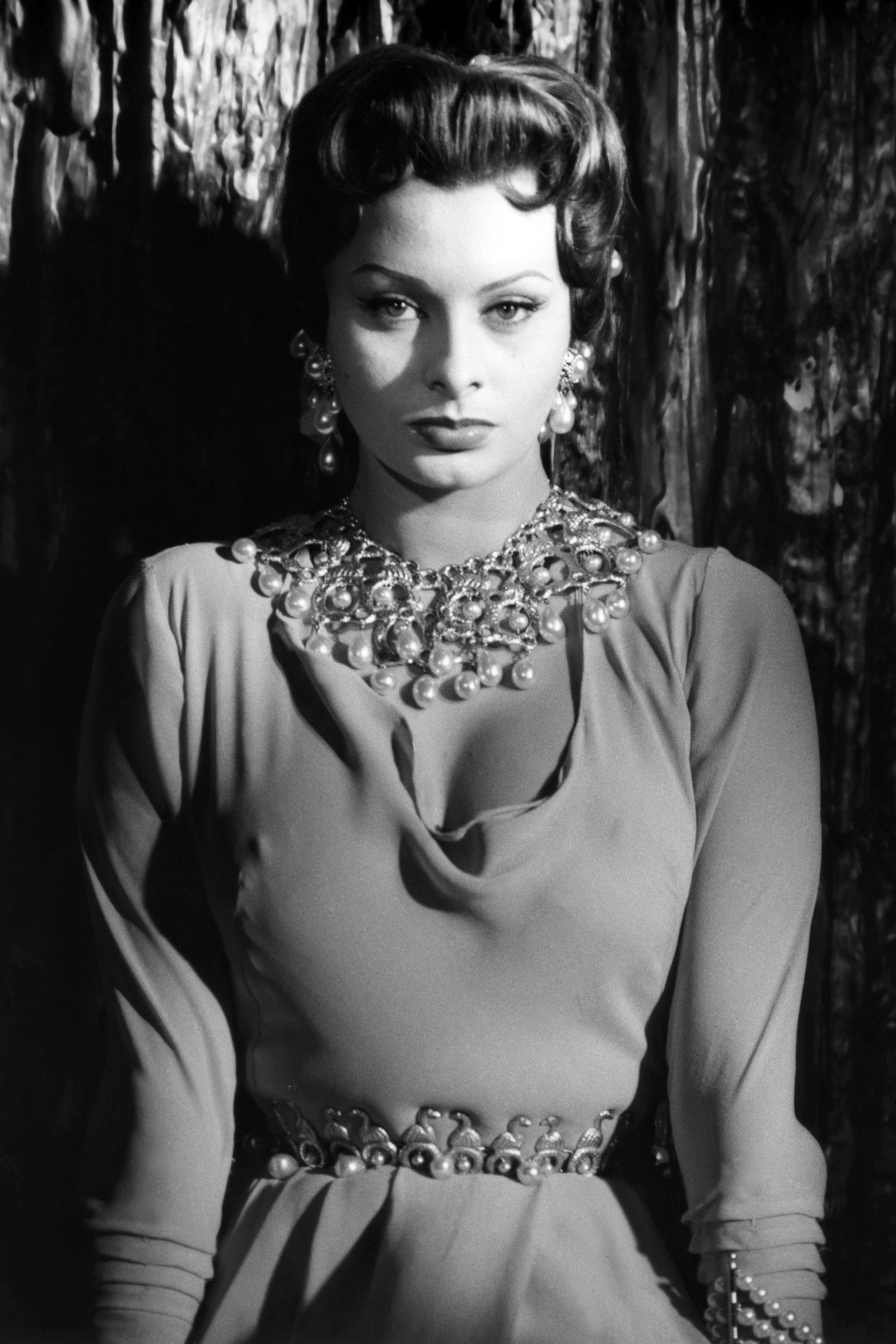 Sophia Loren: How I rejected Cary Grant and 'pulverised' Marlon ...