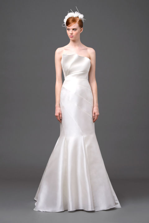 Trumpet satin wedding dress