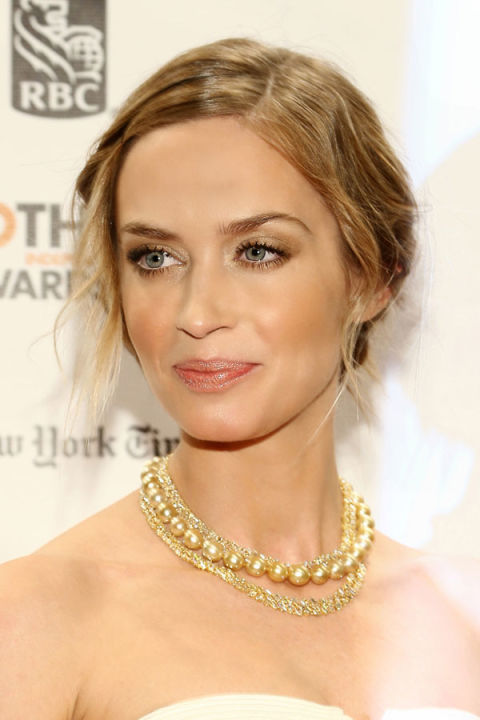 Peachy New Years Eve Beauty Ideas Hair And Makeup Ideas For New Years Eve Short Hairstyles Gunalazisus