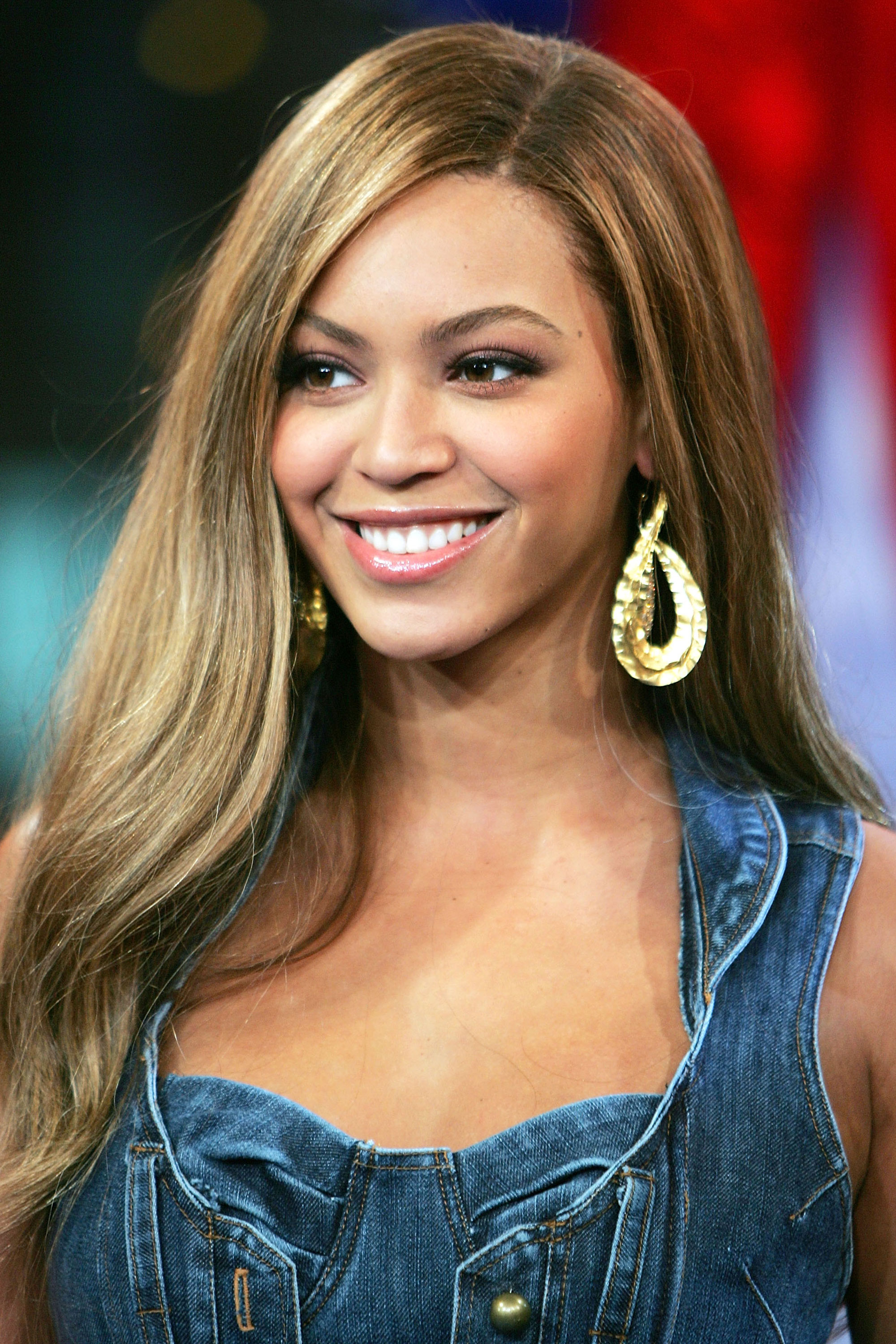 beyonce updo hairstyles : Beyonce 2005 Hair 40 beyonce hairstyles - beyonces real hair , long ...