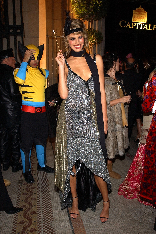 Halloween Co 7122a717d1b756d508d6bd2a22cdd7f9 55 Celebrity Halloween Costumes Best Celebrity Costume Ideas