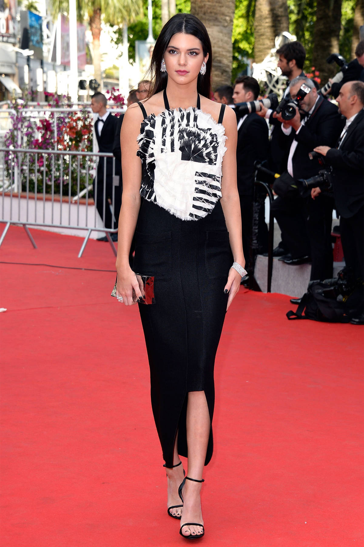 marvellous kendall jenner outfits red carpet 13