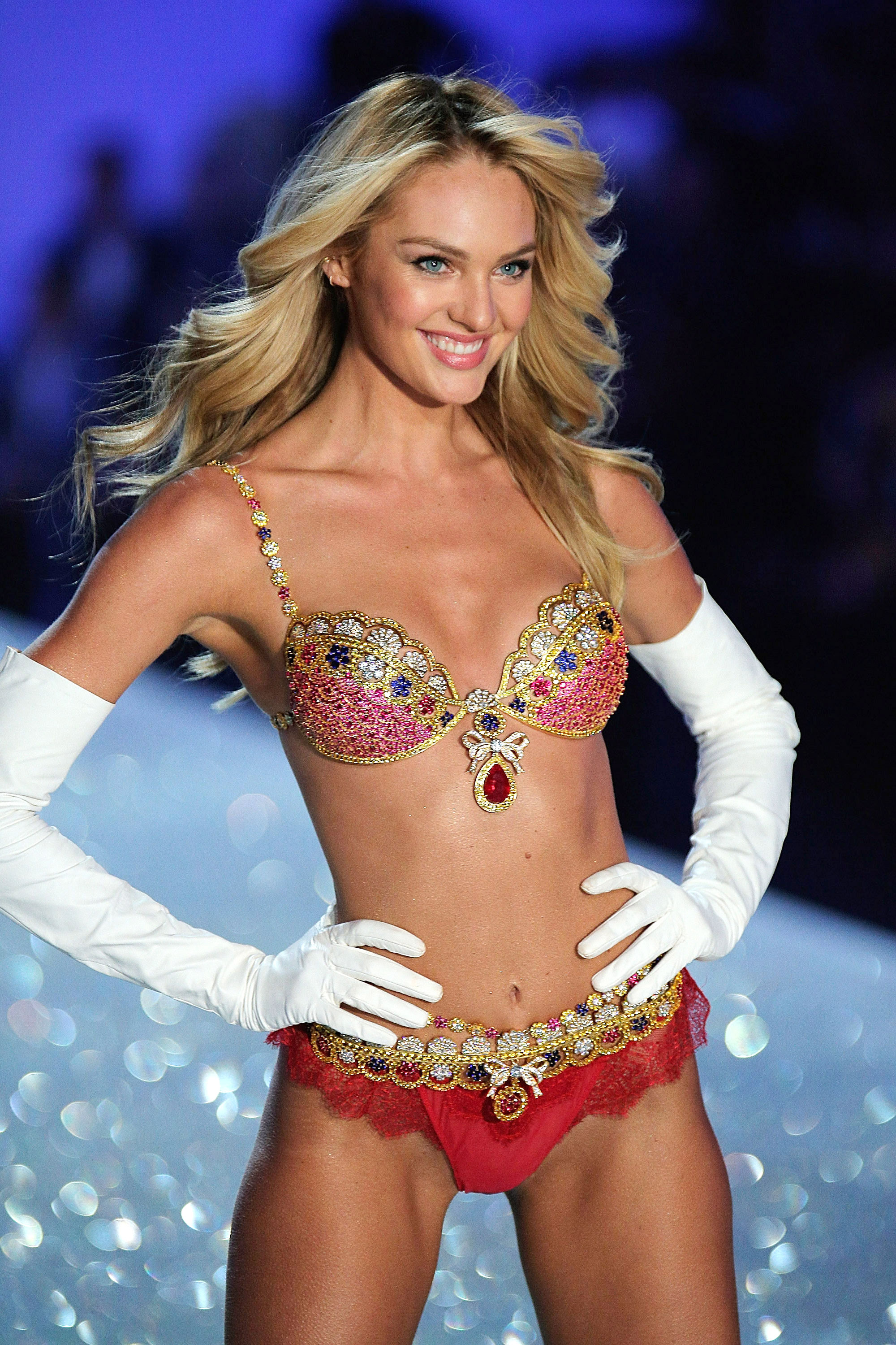 A History of the Victoria's Secret Fantasy Bra - Victoria ...
