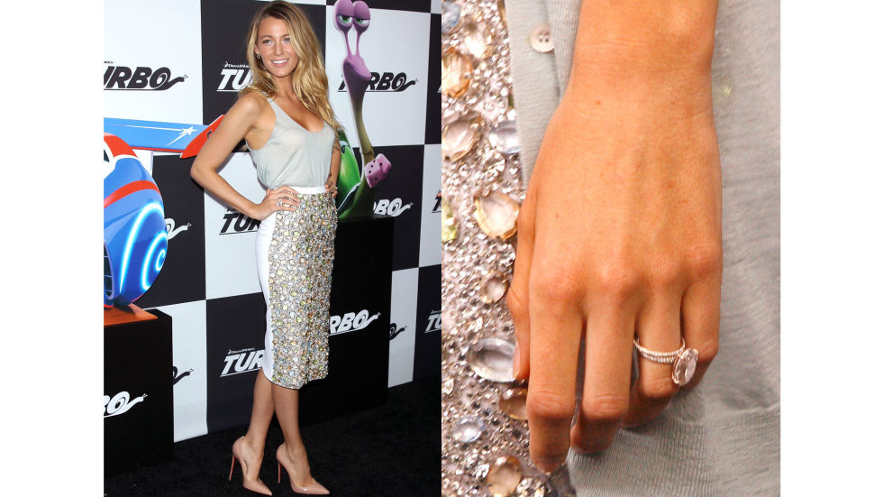 Ryan Reynolds created a custom ring with Lorraine Schwartz for bride Blake—the oval diamond is light pink and sits on a rose gold band of pavé diamonds.