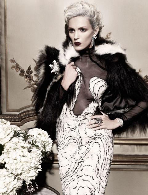 Hbz Mona Millicent 01 Tom Ford Dress Xln Fur Fendi Business Standard