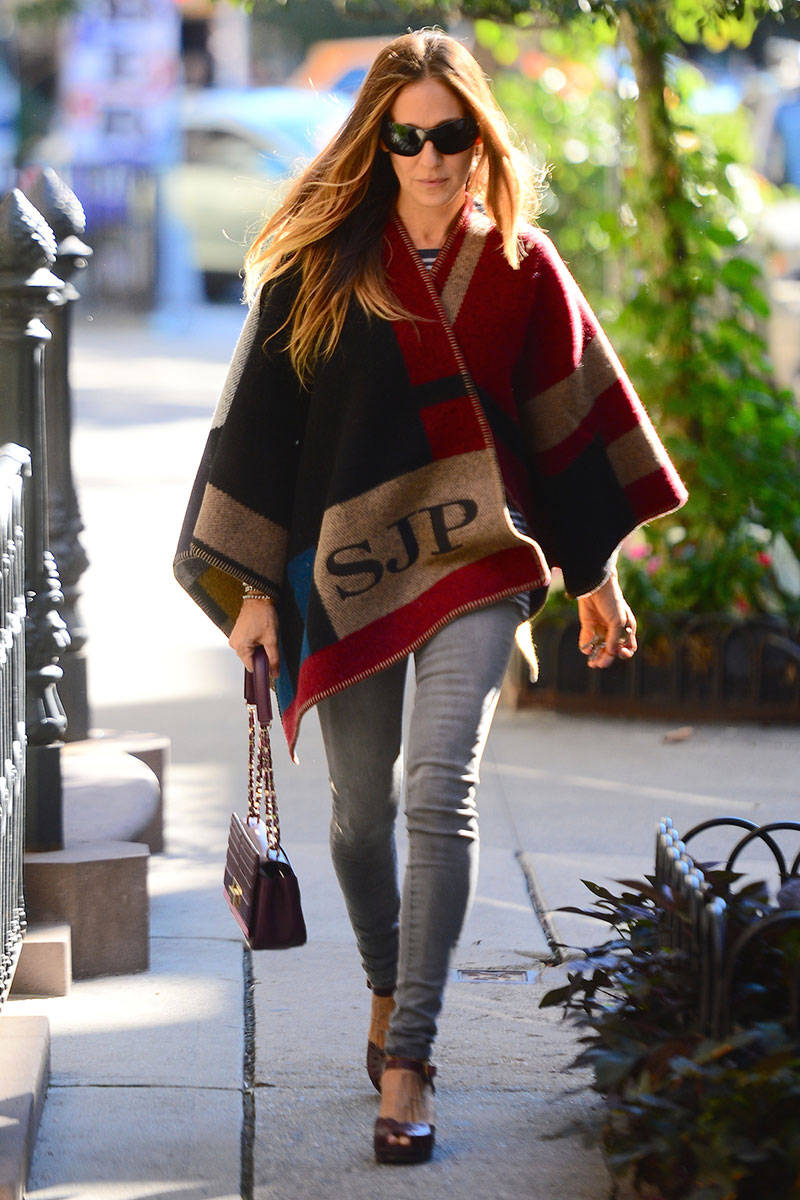Fall Capes - 14 Ways to Get The Cape Look - elle.com