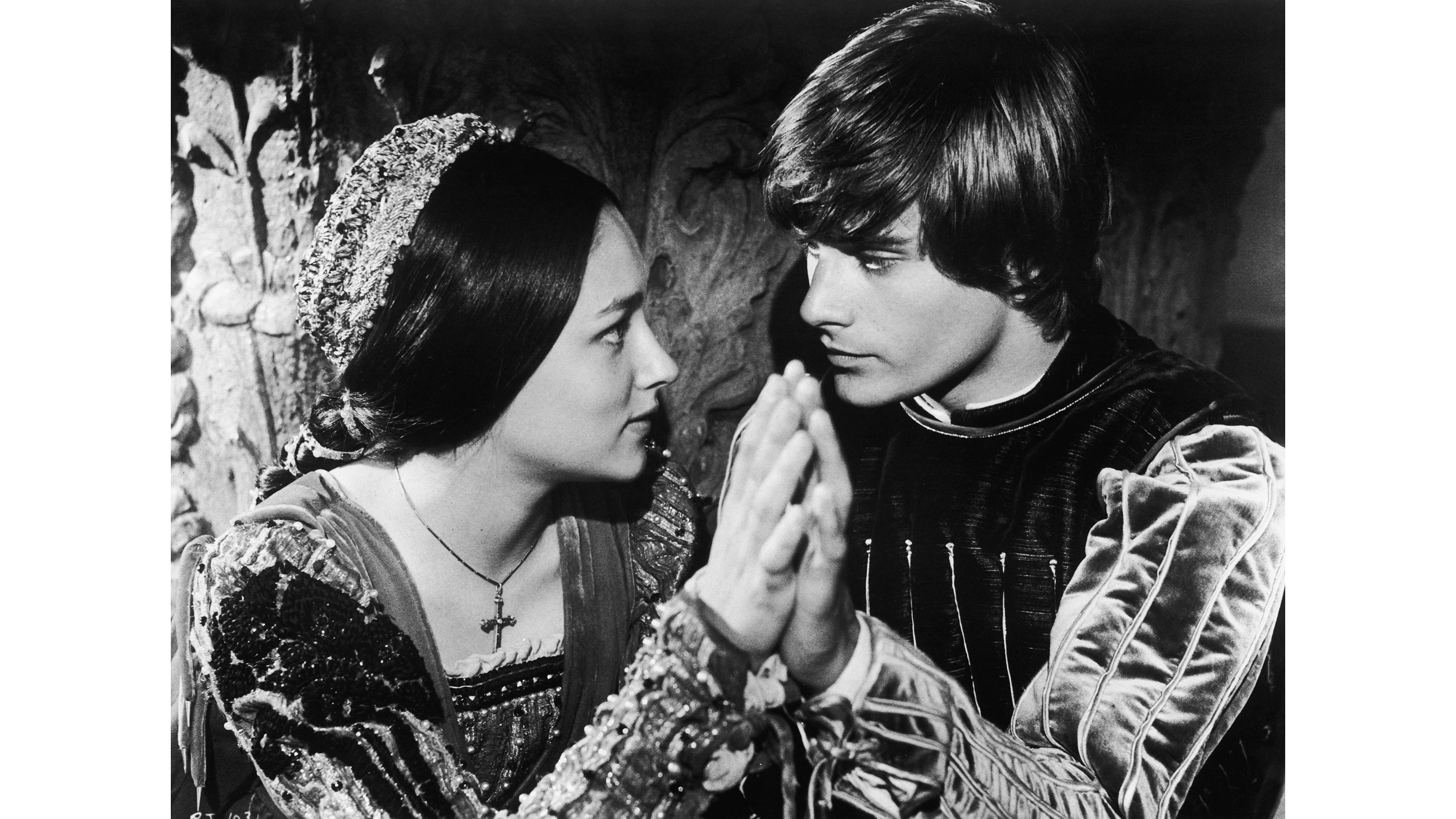 could the tragedy of romeo and juliet happen today essay Simple advice on composing an essay on why romeo and juliet is a tragedy students write academic essays on various subjects and of various types if you have to discuss the tragedy of romeo and juliet in your paper, then you need to make sure you read the play carefully and give enough reason to your audience to believe your ideas.