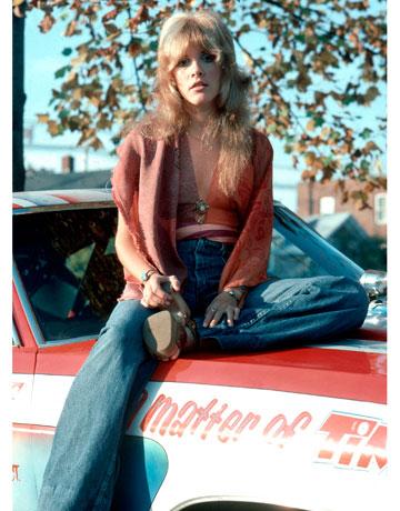 Surprising Stevie Nicks Style Through The Years Style Photos Of Stevie Nicks Short Hairstyles Gunalazisus