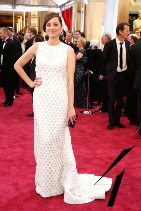 Wearing Dior was a given, and no one does Raf Simons' exceptional shapes justice like the imitable Marion Cotillard.