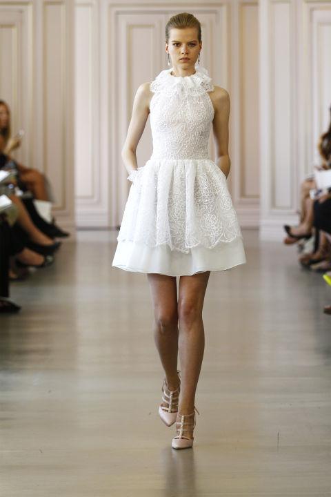 Oscar del la Renta short wedding dress