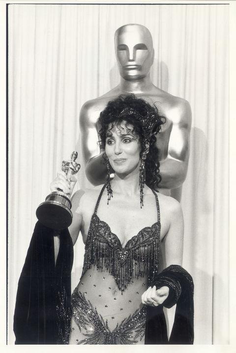 Cher-Oscar-1988