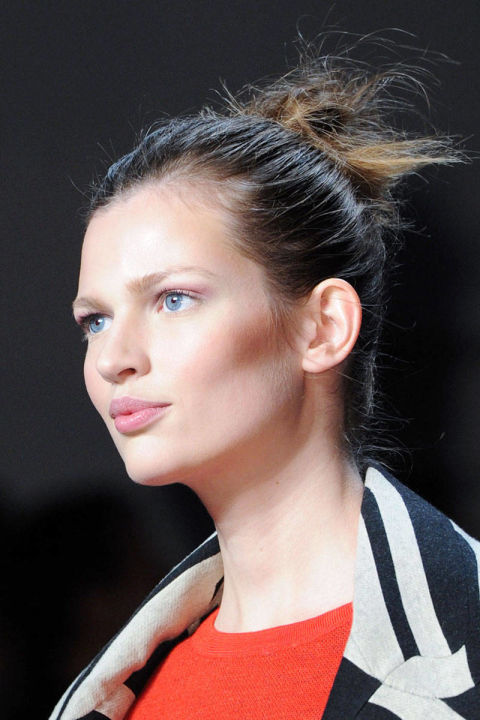 hair styles ponytail fall hairstyles 2014 the fall 2014 hair trend report 4597 | 54bc0b205cc9e ds ballerina bun 01 von furstenberg clp rf14 bmthtf 4597 lg